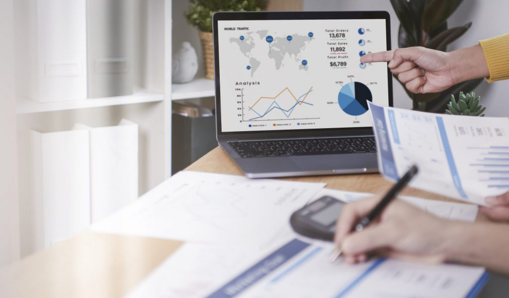 businesspeople-meeting-plan-analysis-graph-company-finance-strat-min
